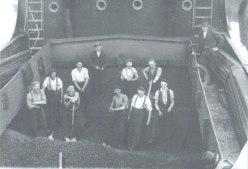 Bridgwater workers in 1930's